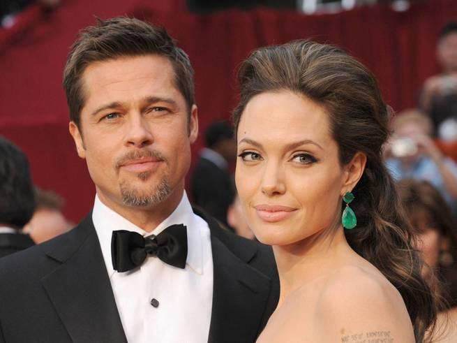Джоли и Питт разводятся, а дочь Глюк'oZы приняли за бомжика