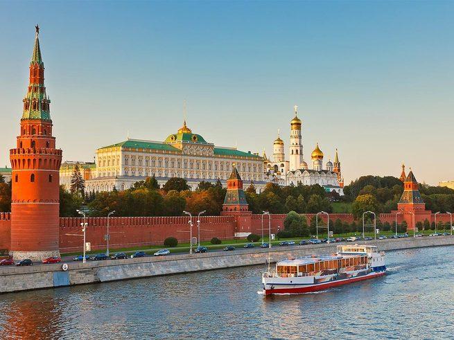 Открывается новый сезон прогулок по Москве-реке