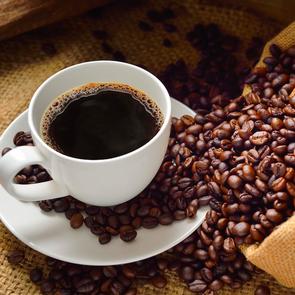 Названа ежедневная норма кофе, продлевающая жизнь