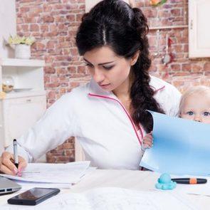 Мамин опыт: я отказалась от карьеры ради ребенка