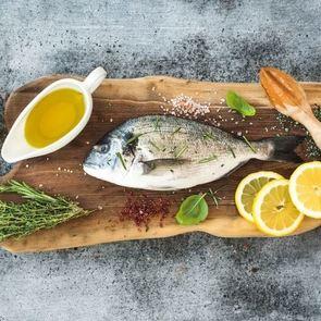 4 простых рецепта, которые помогут ребенку полюбить рыбу
