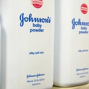Использование талька Johnson&Johnson вызвало рак яичников