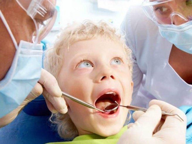 Как снять зубную боль у ребёнка