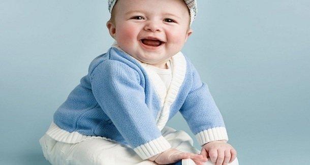 3 способа научить ребёнка садиться самостоятельно