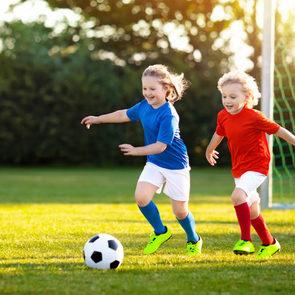 Дети из малообеспеченных семей смогут заниматься спортом бесплатно