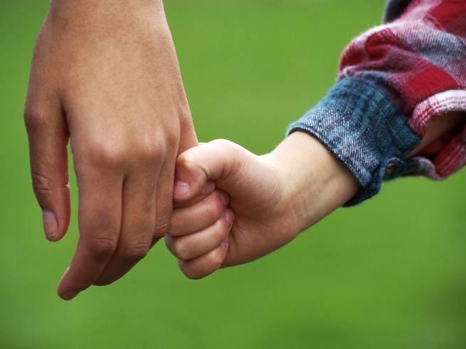 Госдума пересмотрит вопрос о лишении родительских прав