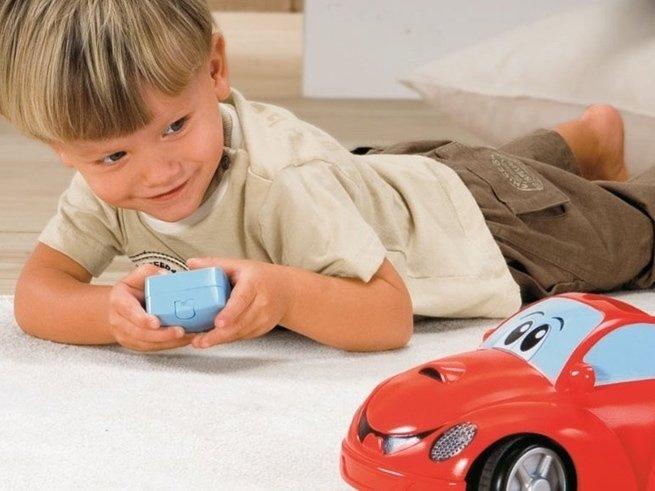 Как выбрать радиоуправляемую машину для ребёнка?