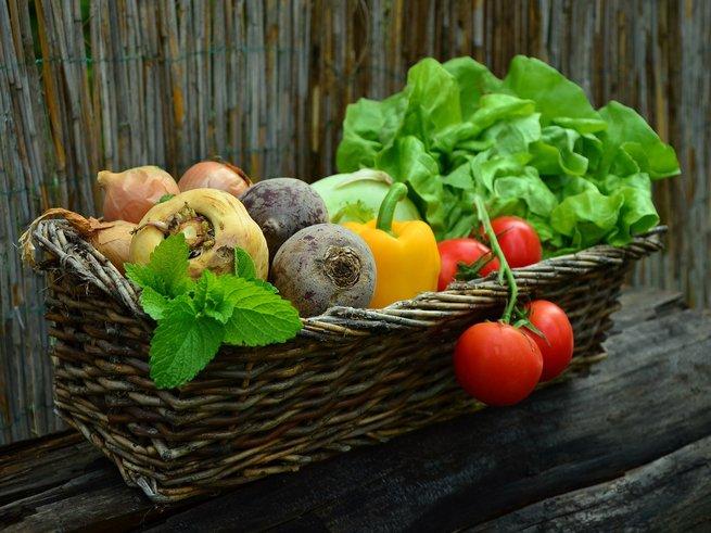 Какие выбрать витамины для женщин после 50 лет