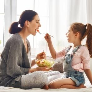 5 неочевидных причин, которые мешают похудеть после родов