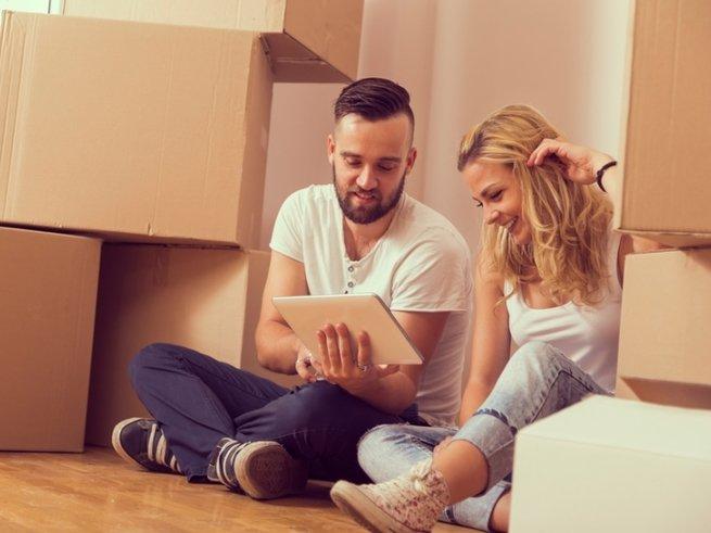 Где хранить вещи в маленькой квартире: 5 неожиданных мест