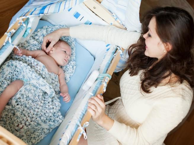 6 способов уложить ребенка: за и против