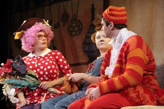 «Кыцик, Мыцик и тётушка Мари»  приглашают малышей на спектакль
