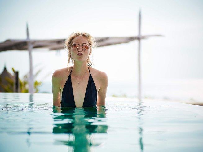 Какие есть упражнения в бассейне для похудения
