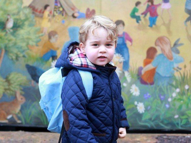 Принц Джорд пошёл в школу