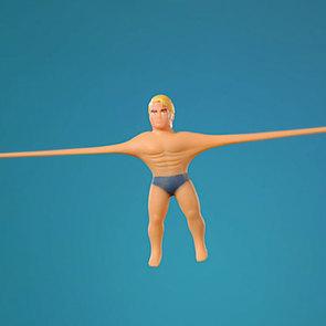 Тяни, сжимай и завязывай в узлы: культовые игрушки Stretch Armstrong теперь и в России!