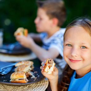 Московские дети все чаще болеют ожирением