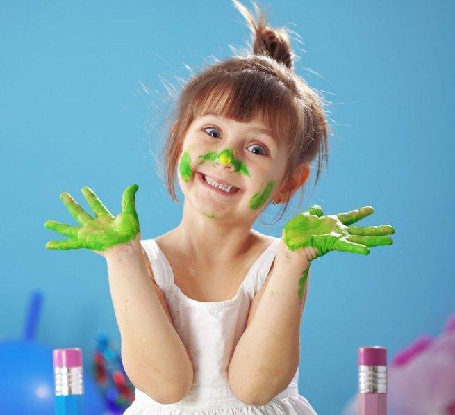 Чем занять ребёнка в очереди: 10 весёлых игр