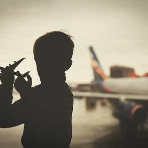 Пассажирка родила на борту самолета Симферополь - Санкт-Петербург