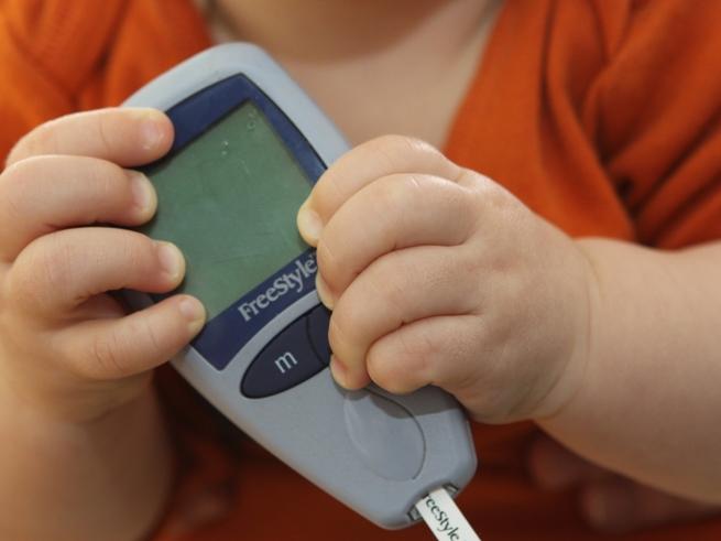 Дети с сахарным диабетом испытывают постоянный стресс