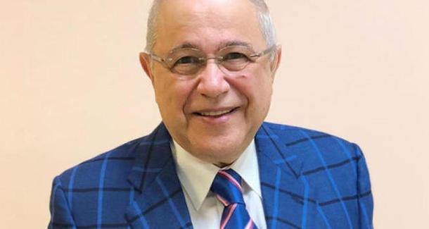 Евгений Петросян снова стал отцом в 74 года