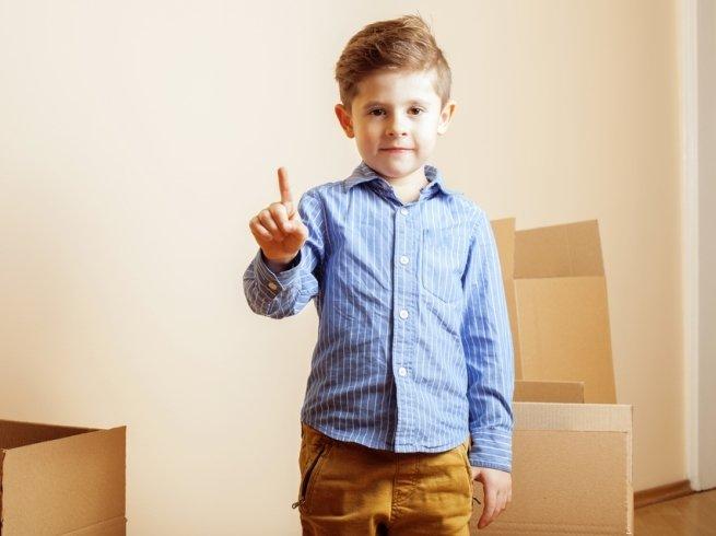 Один дома: чему нужно обучить малыша