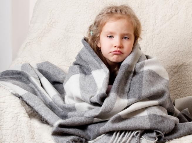 Опасное самолечение: 5 способов испортить здоровье ребёнка