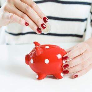 6 неочевидных признаков проблем с финансами