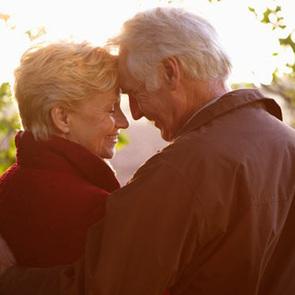 Влюбленные поженились спустя 64 года  после выпускного