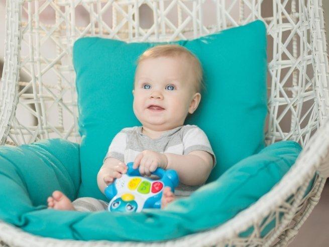5 правил при покупке игрушки для младенца