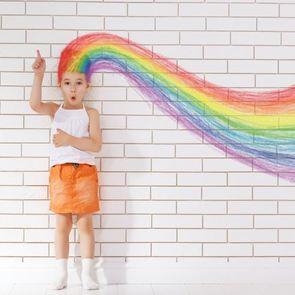 «Красный, синий, голубой»: как развить цветовосприятие у ребёнка