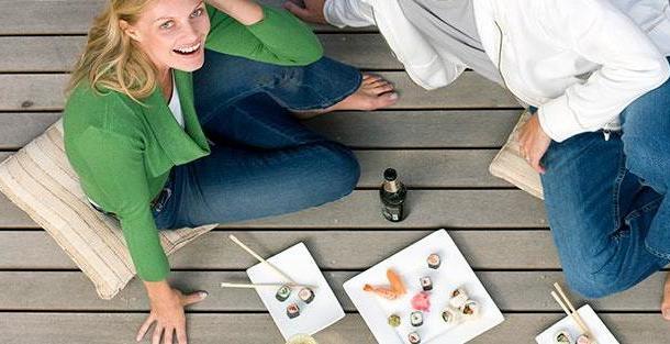 Можно ли при беременности суши, кофе и вино?