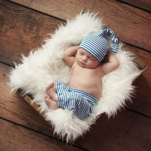 Как правильно одевать новорождённого в тёплое время года