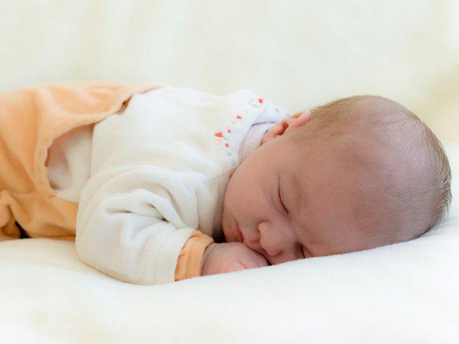 Как выбрать размер одежды для новорождённого