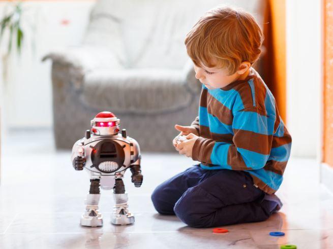 Чем опасны интерактивные игрушки?