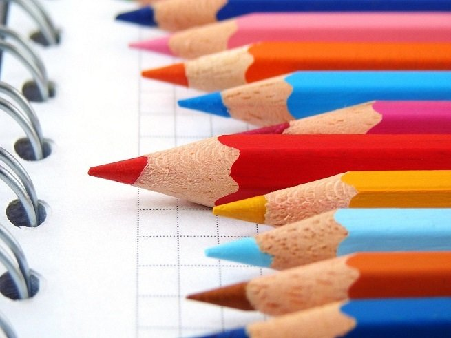 Скоро в школу: список покупок для первоклассника