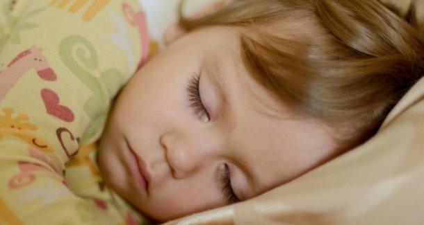 Крапивница у детей: признаки, причины, последствия