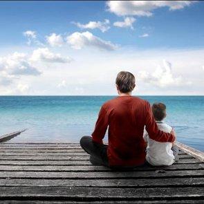 Депрессия у отца тормозит психическое развитие ребёнка