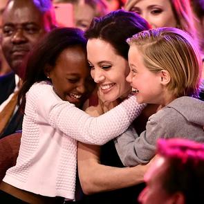 Брэд Питт считает, что Анджелина Джоли слишком балует детей