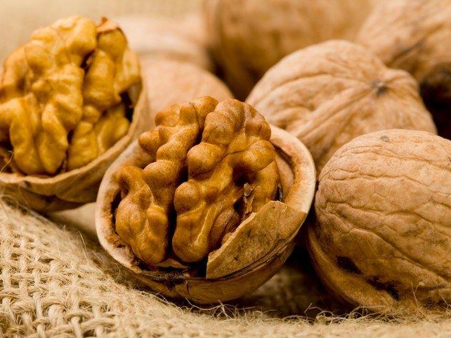 Грецкие орехи защищают от рака
