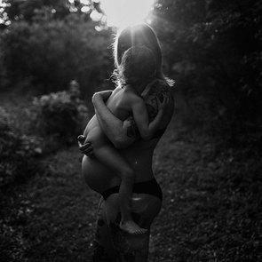 10 пронзительных фото о родах и материнстве