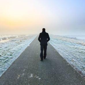 «Как айсберг в океане»: что делать, если муж охладел после родов?