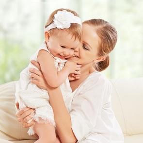 17 неожиданных способов успокоить ребёнка