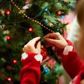 Безопасный Новый год с ребенком: пошаговое руководство