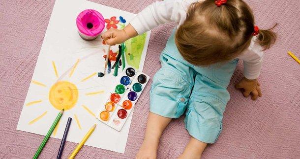 """Когда """"будить"""" в ребёнке художника?"""