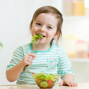 Важные правила питания малышей, которые должна знать каждая мама