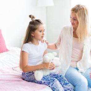Разговоры с ребёнком о первой любви: главные ошибки