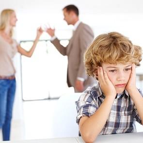 Ученые: родительские ссоры бьют по детям