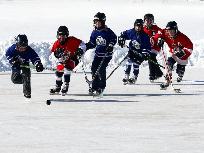 Занятия хоккеем для детей