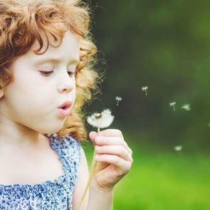 Кудри, веснушки и ещё 5 особенностей внешности, которые передаются по наследству