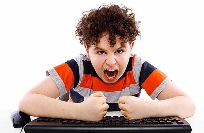 Проблемы с поведением ребенка в 12 лет: истерики, ложь, воровство